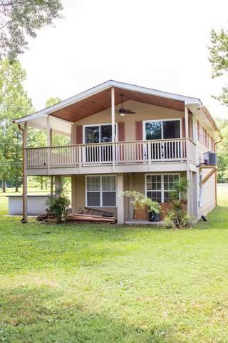 1541 Matlock Dr, Chapmansboro, TN 37035 (MLS #RTC2195691) :: Village Real Estate