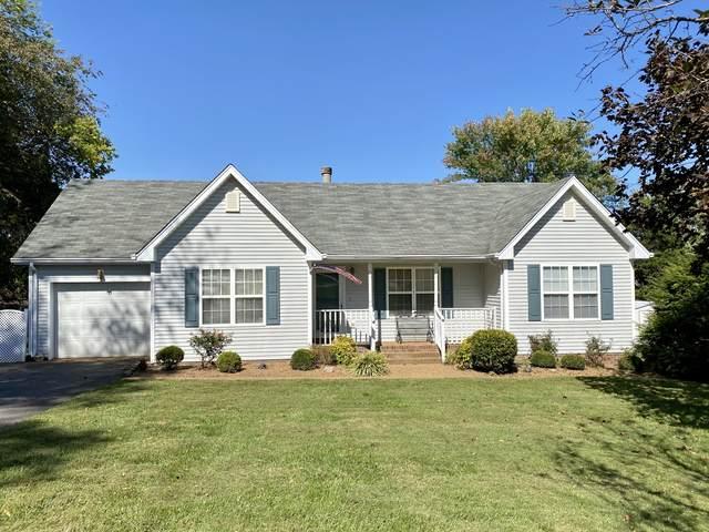 884 College St, Portland, TN 37148 (MLS #RTC2195730) :: Village Real Estate