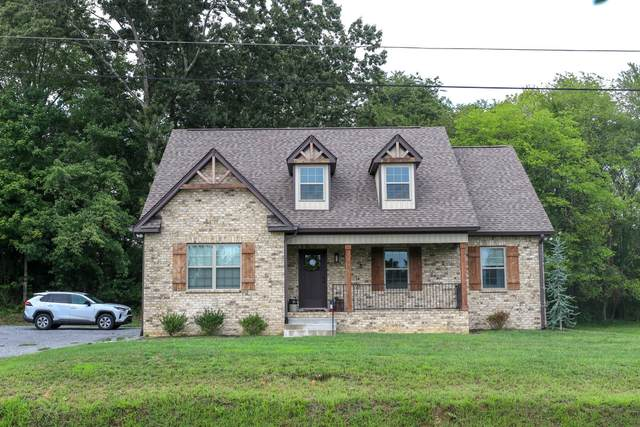 2239 Old Greenbrier Pike, Greenbrier, TN 37073 (MLS #RTC2196168) :: Nashville on the Move