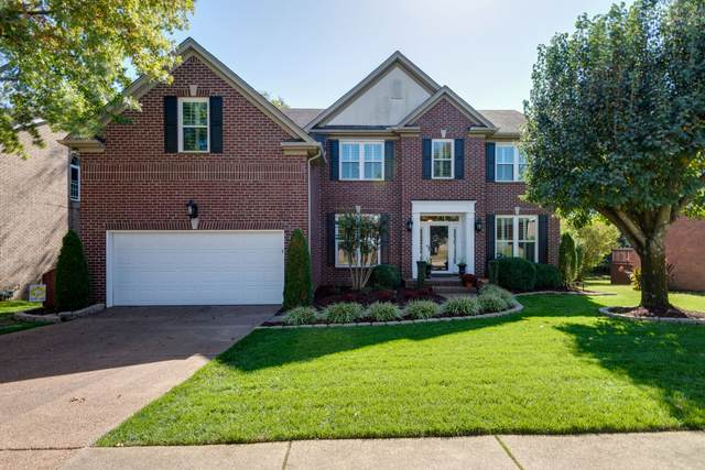 213 Logans Cir, Franklin, TN 37067 (MLS #RTC2198655) :: Nashville on the Move