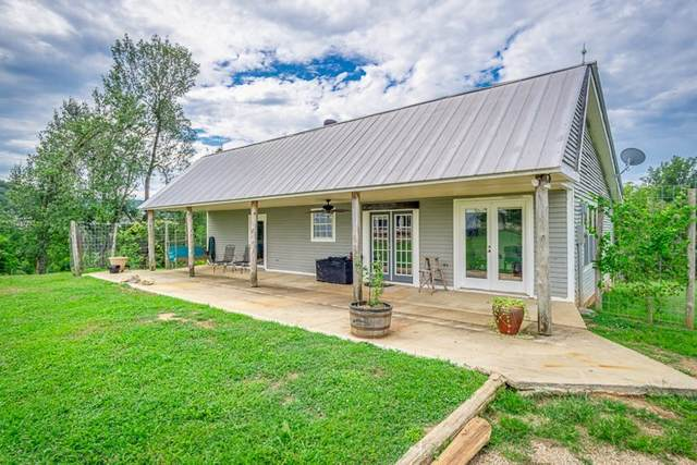 899 Messenger Rd, Sparta, TN 38583 (MLS #RTC2200130) :: Your Perfect Property Team powered by Clarksville.com Realty