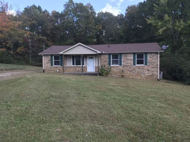143 Ravenwood Cir, Dickson, TN 37055 (MLS #RTC2200565) :: The Kelton Group
