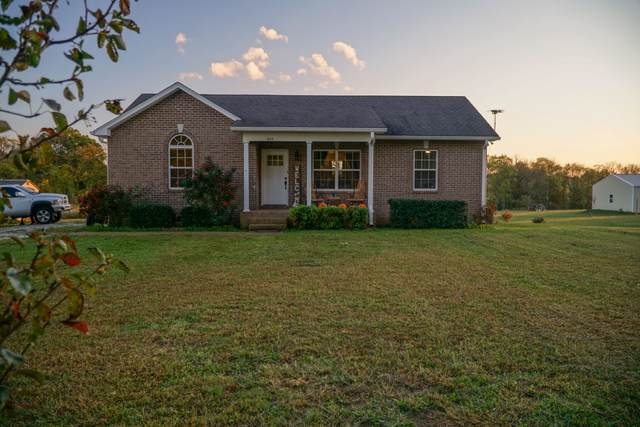 823 White Rd, Portland, TN 37148 (MLS #RTC2201610) :: Fridrich & Clark Realty, LLC