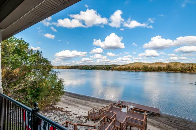 61 Riverview Dr, Decaturville, TN 38329 (MLS #RTC2201639) :: Maples Realty and Auction Co.