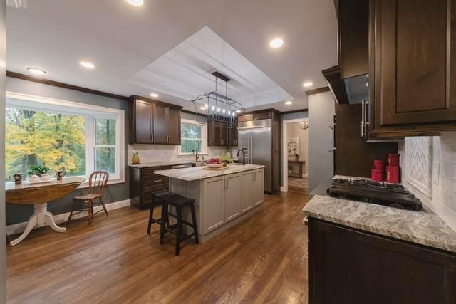 2420 Hidden Lake Cir, Columbia, TN 38401 (MLS #RTC2202074) :: Village Real Estate