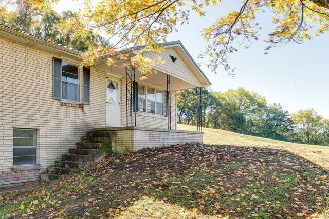 8740 Dick Davis Rd, Williamsport, TN 38487 (MLS #RTC2202225) :: RE/MAX Homes And Estates