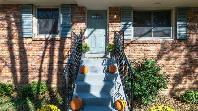620 Saint Cloud Dr, Antioch, TN 37013 (MLS #RTC2202388) :: John Jones Real Estate LLC