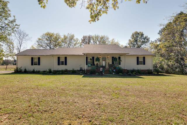 1401 Hobby Ln, Lewisburg, TN 37091 (MLS #RTC2202475) :: Felts Partners