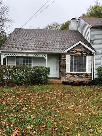 3305 Oak Trees Ct, Antioch, TN 37013 (MLS #RTC2202628) :: Village Real Estate