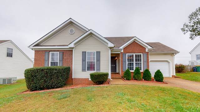 2920 Torrence Trl, Spring Hill, TN 37174 (MLS #RTC2202798) :: DeSelms Real Estate