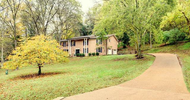 2011 Sunny Side Dr, Brentwood, TN 37027 (MLS #RTC2202892) :: DeSelms Real Estate
