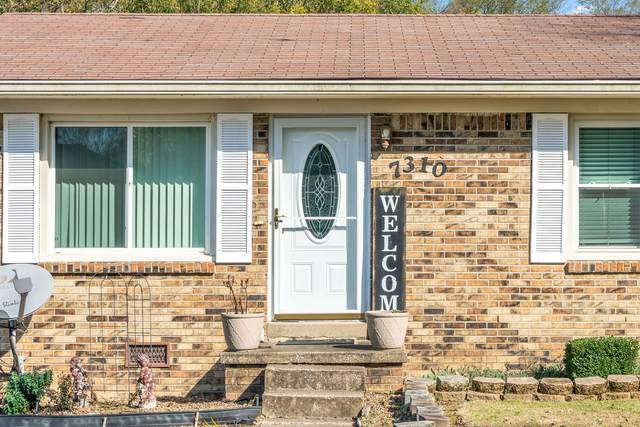 7310 Rock Cliff Dr, Hopkinsville, KY 42240 (MLS #RTC2205142) :: Village Real Estate