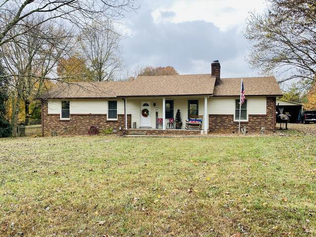 132 Guill Ln, Cottontown, TN 37048 (MLS #RTC2206068) :: Adcock & Co. Real Estate