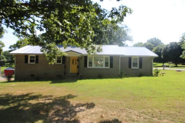 207 S Hummingbird Ln, Dickson, TN 37055 (MLS #RTC2207338) :: Nashville on the Move