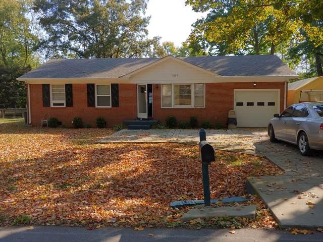 5029 Collinwood Dr, Clarksville, TN 37042 (MLS #RTC2208397) :: Village Real Estate