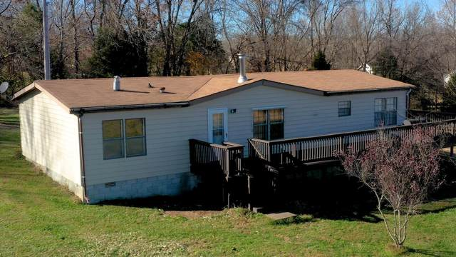 915 Gip Manning Rd, Clarksville, TN 37042 (MLS #RTC2208447) :: CityLiving Group