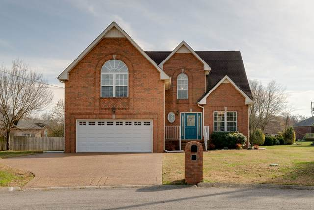 104 Blackhawk Ct, White House, TN 37188 (MLS #RTC2208836) :: Village Real Estate
