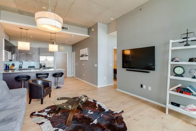700 12th Ave S #1008, Nashville, TN 37203 (MLS #RTC2209086) :: Wages Realty Partners