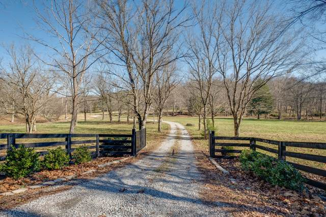 7322 Brush Creek Rd, Fairview, TN 37062 (MLS #RTC2209253) :: Morrell Property Collective | Compass RE