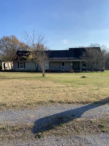 1500 Lock B Rd S, Clarksville, TN 37040 (MLS #RTC2209301) :: Stormberg Real Estate Group