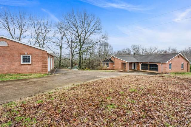 1706 Powell Rd, Clarksville, TN 37043 (MLS #RTC2209629) :: Ashley Claire Real Estate - Benchmark Realty