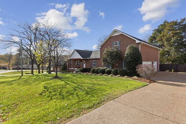 1205 Alfred Dr, Nashville, TN 37205 (MLS #RTC2209800) :: Ashley Claire Real Estate - Benchmark Realty