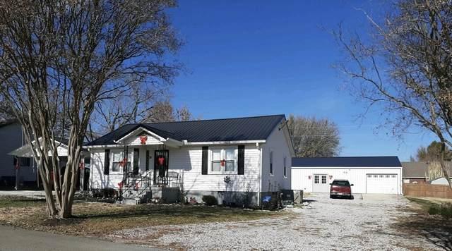 70 College Ct, Mc Ewen, TN 37101 (MLS #RTC2209843) :: Village Real Estate
