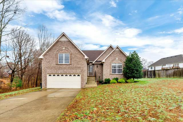 6007 Woodview Ct, Greenbrier, TN 37073 (MLS #RTC2210692) :: Village Real Estate