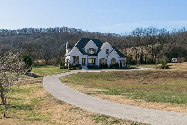 4421 Savage Pointe Dr, Franklin, TN 37064 (MLS #RTC2211488) :: Village Real Estate