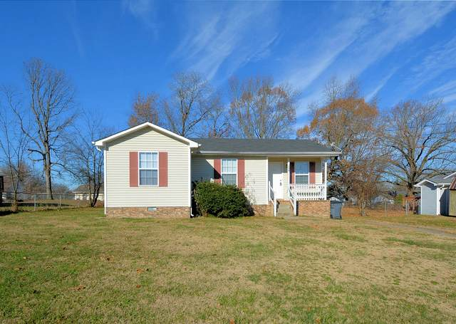 1028 Bush Ave, Oak Grove, KY 42262 (MLS #RTC2213132) :: John Jones Real Estate LLC