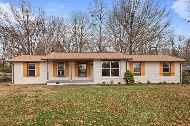 210 Hazelwood Dr, Hendersonville, TN 37075 (MLS #RTC2213442) :: Village Real Estate