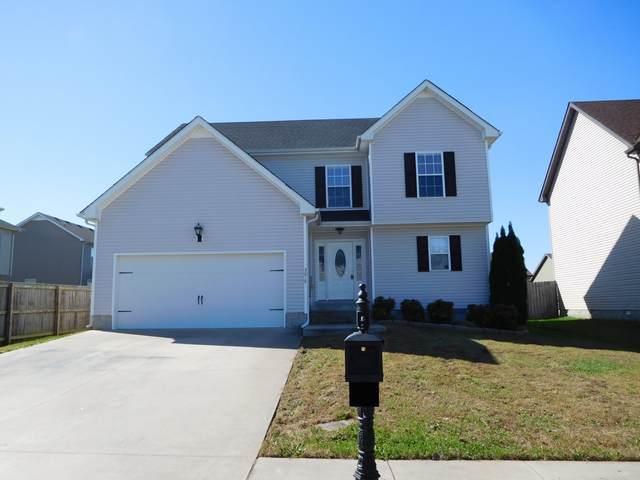 3618 Fox Den Ln, Clarksville, TN 37040 (MLS #RTC2213458) :: The Kelton Group