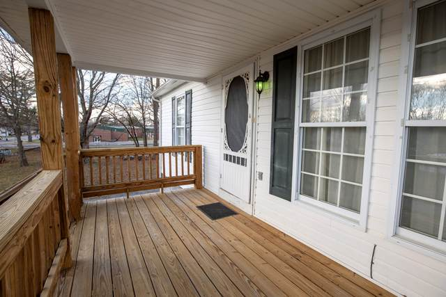 402 Gibson St, Portland, TN 37148 (MLS #RTC2213708) :: Village Real Estate