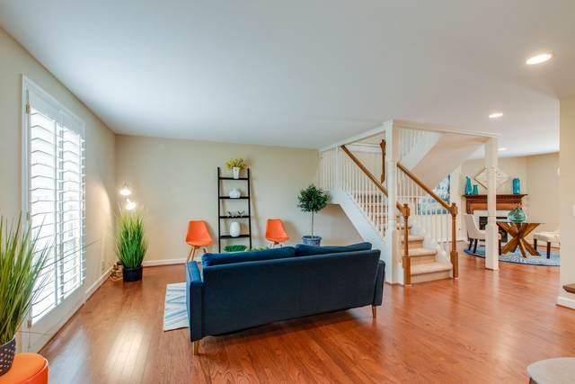 8207 Sawyer Brown Rd J7, Nashville, TN 37221 (MLS #RTC2213729) :: Real Estate Works
