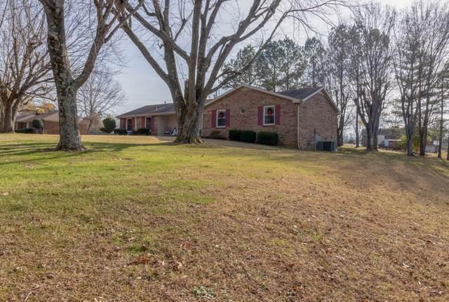 2566 Memorial Drive Ext, Clarksville, TN 37043 (MLS #RTC2215070) :: Village Real Estate