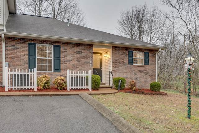 127 Eastdale Ln, Dickson, TN 37055 (MLS #RTC2215216) :: Your Perfect Property Team powered by Clarksville.com Realty