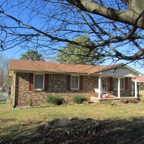 1061 W Point Rd S, Lawrenceburg, TN 38464 (MLS #RTC2217361) :: Village Real Estate
