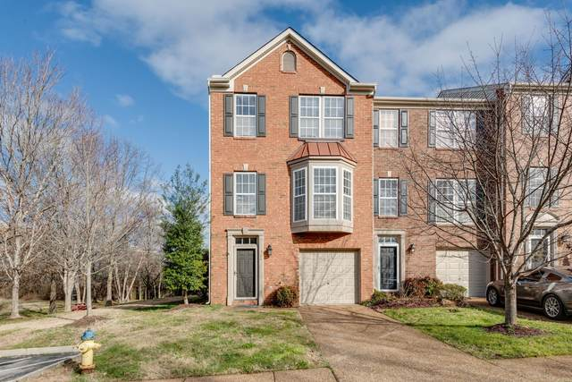 724 Huffine Manor Cir, Franklin, TN 37067 (MLS #RTC2217519) :: Nashville on the Move
