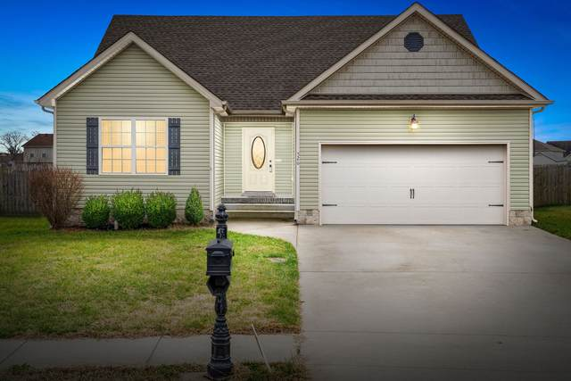 526 Falkland Cir, Clarksville, TN 37042 (MLS #RTC2217592) :: The Huffaker Group of Keller Williams