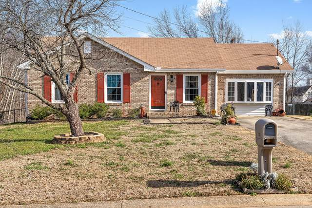 1323 Wennona Dr, Clarksville, TN 37042 (MLS #RTC2218860) :: Keller Williams Realty