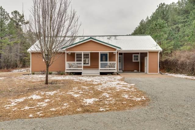 1335 Poplin Hollow Rd, Linden, TN 37096 (MLS #RTC2219488) :: Village Real Estate