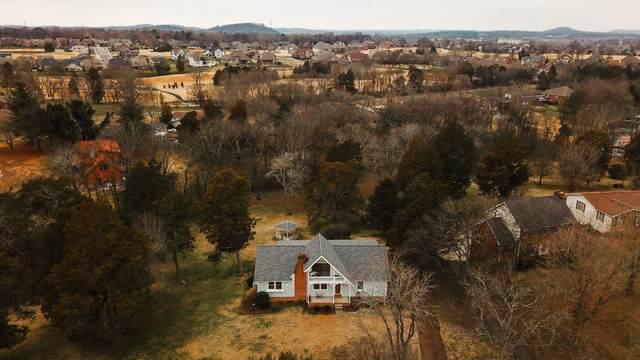 1005 Edgewater Cir, Gallatin, TN 37066 (MLS #RTC2219506) :: Village Real Estate