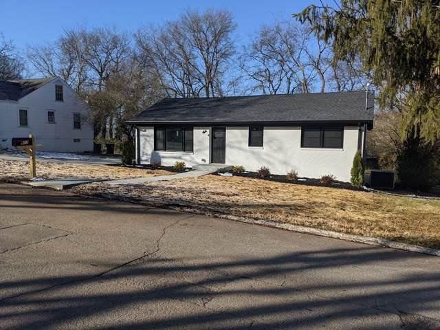 917 Locust St, Columbia, TN 38401 (MLS #RTC2220318) :: DeSelms Real Estate