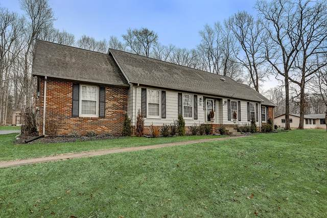 135 Bluegrass Pkwy, Lebanon, TN 37090 (MLS #RTC2220511) :: Berkshire Hathaway HomeServices Woodmont Realty