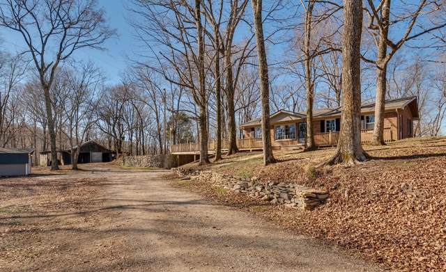 4034 Roy Thompson Rd, Mount Pleasant, TN 38474 (MLS #RTC2220518) :: Berkshire Hathaway HomeServices Woodmont Realty