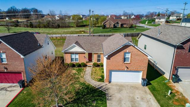 3463 Oak Creek Dr, Clarksville, TN 37040 (MLS #RTC2220625) :: The Milam Group at Fridrich & Clark Realty