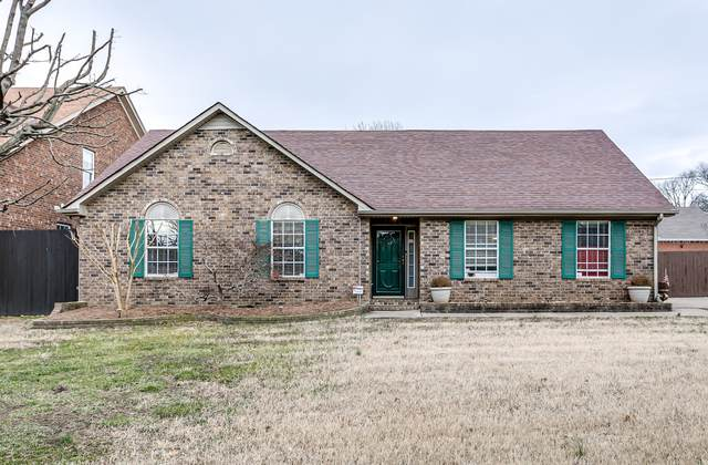 212 Hickory Ridge Ct, Antioch, TN 37013 (MLS #RTC2221483) :: The Milam Group at Fridrich & Clark Realty