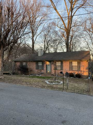 1819 Winding Way Dr, White House, TN 37188 (MLS #RTC2224730) :: The Adams Group