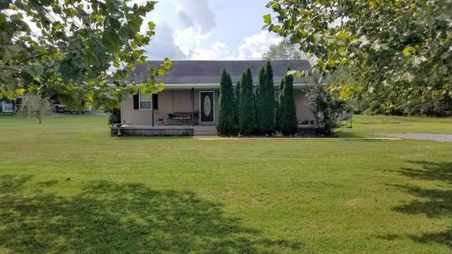 290 Davis Ln, Unionville, TN 37180 (MLS #RTC2228140) :: FYKES Realty Group