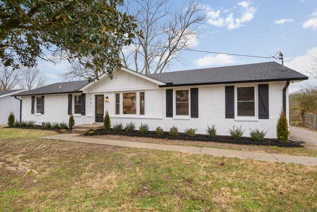 221 Wessington Pl, Hendersonville, TN 37075 (MLS #RTC2229996) :: Village Real Estate